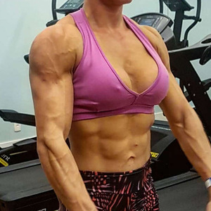 Helo Red S Profile At Herbicepscam Video chat with female bodybuilders, physique models and fitness athletes 24/7/365! helo red s profile at herbicepscam